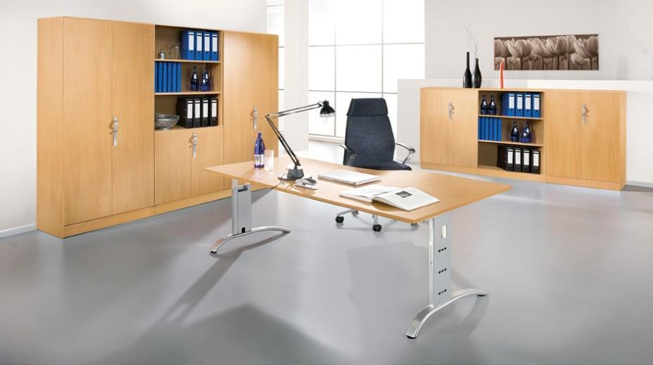 Büromöbel preiswert und schnell - Einzelbüro in Buche