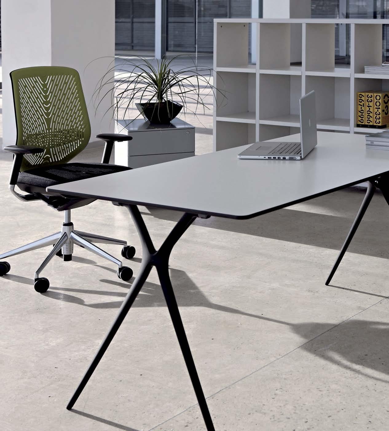 Büromöbel preiswert und schnell - Actiu PLEK